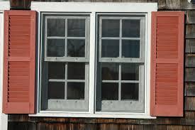 Vinyl vs Wood Windows – A  Short Detailed Comparison